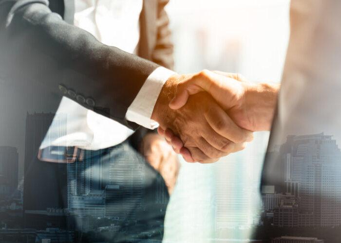 会社を高く売るには何が必要?企業価値算出方法や注意点について解説