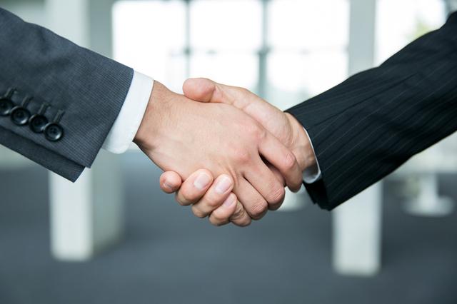 株式譲渡の手続きを行う方法