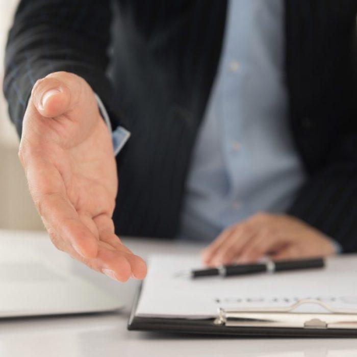吸収合併で消滅した企業の社員も財産!処遇や給与・退職金について解説