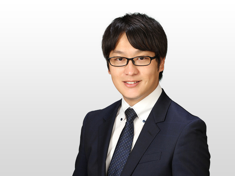 公認会計士 小野亮介