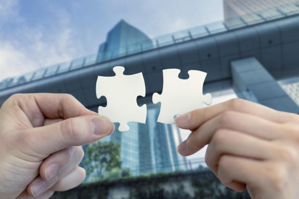 経営統合と合併はどう違うのか