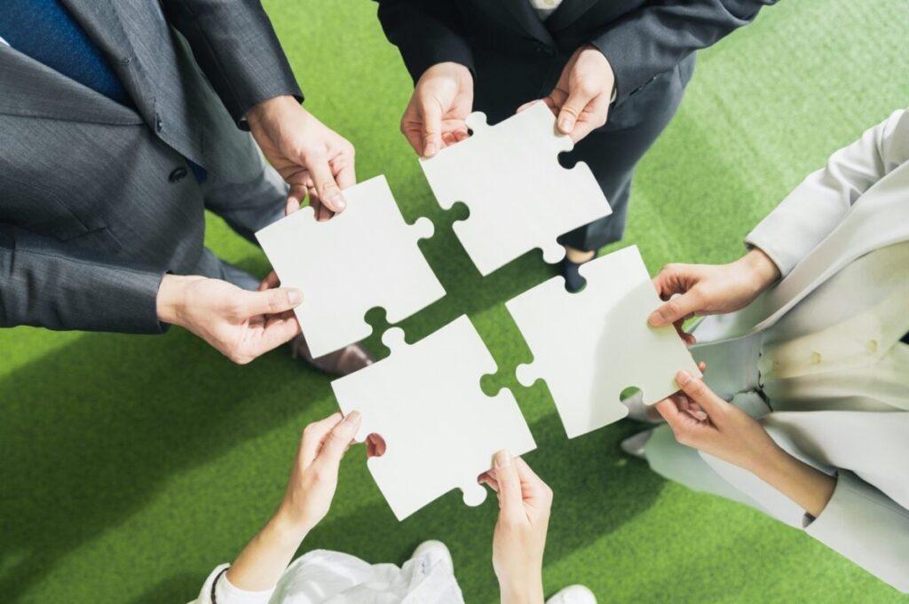 4つの手法で行う「組織再編」