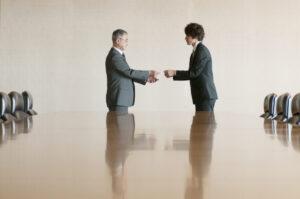 中小企業の後継者問題は深刻?現状や原因、解決策などを解説!