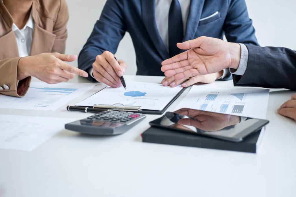 事業承継で課される税金