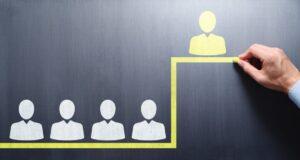 【図解】事業承継で持株会社化するという選択肢|メリット・デメリット、設立の流れも解説